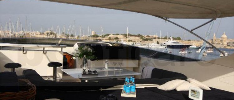 Discover St Julian's surroundings on this 110 Canados boat
