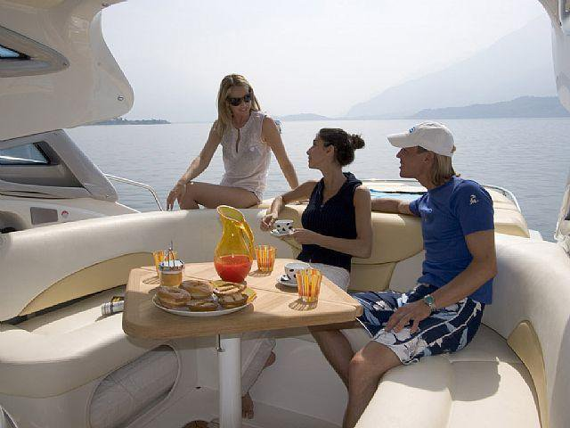 Discover Limassol surroundings on this Mediterranee 47 HT Cranchi boat
