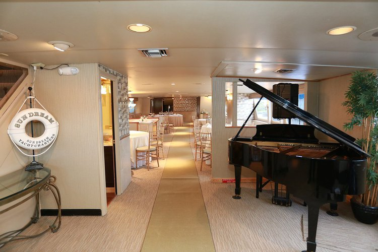 Boating is fun with a Mega yacht in Fort Lauderdale