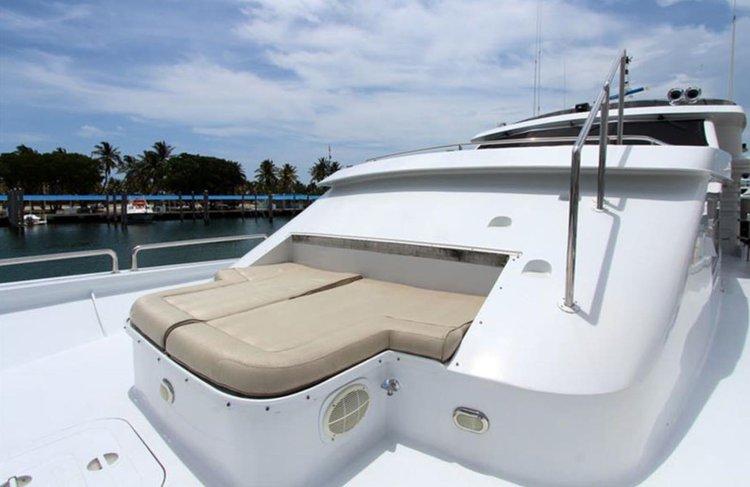 Motor yacht boat rental in Belmont Harbor, IL