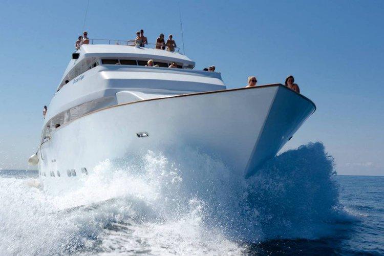 Custom's 116.0 feet in Paphos