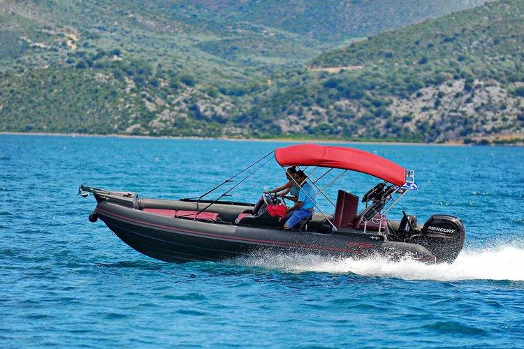 Viper's 23.0 feet in Lefkada