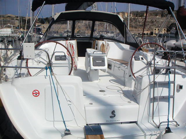 Sloop boat rental in Gzira, Malta