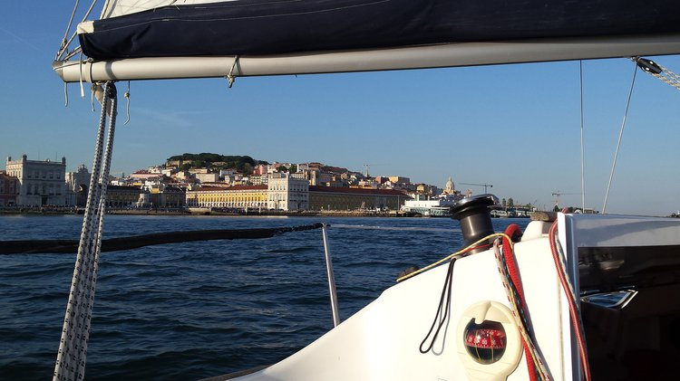 Beneteau boat for rent in Belem