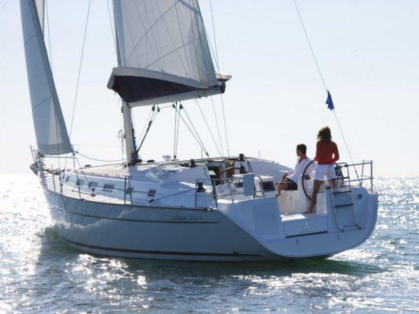 Enjoy sunshine in Malta aboard Beneteau 43.3