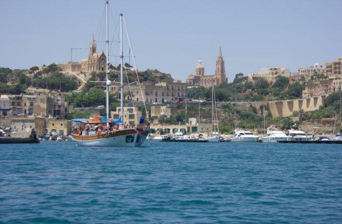 Classic boat rental in San Pawl Il-Baħar, Malta