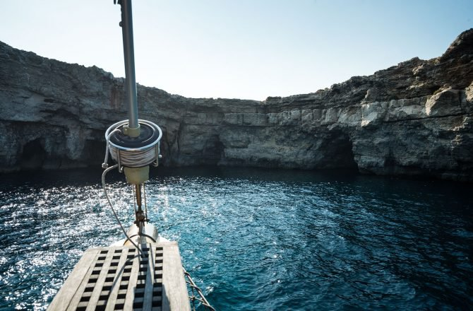 Discover San Pawl Il-Baħar surroundings on this Custom Custom boat