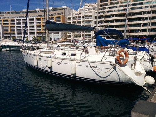 Charter this elegant Jeanneau 34.2 in Gzira, Malta