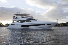 Enjoy Cruising in Sag Harbor, New York aboard Sunseeker 75