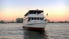 The Perfect Intimate Cruise in NYC!