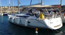 Elegant 51' cruising monohull available for bareboat charter in Gzira, Malta
