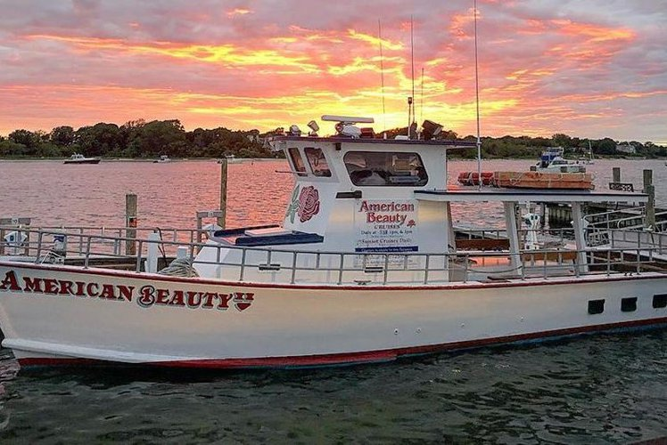 This 44.0' Deltaville cand take up to 33 passengers around Sag Harbor
