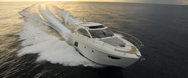 Discover St Julian's surroundings on this Gran Turismo 49 Beneteau boat