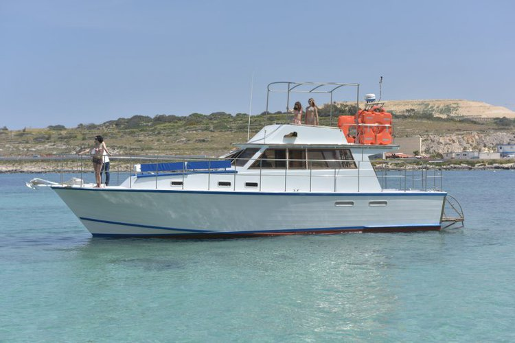 Experience best quality & comfort aboard this 42' motor yacht in Malta