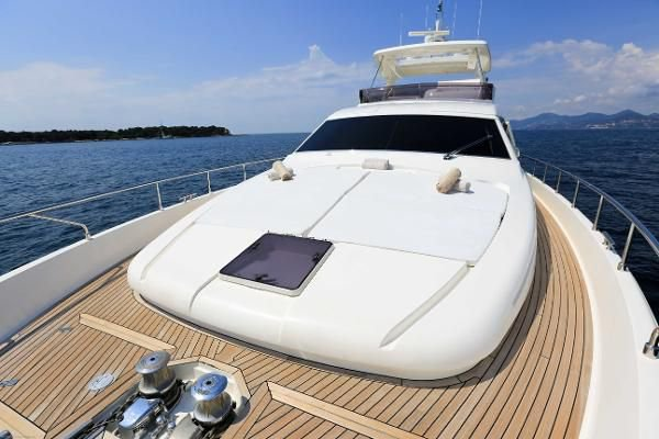 Up to 15 persons can enjoy a ride on this Motor yacht boat