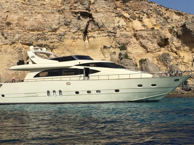 Take some time to relax on water aboard Leonard 74 in Malta