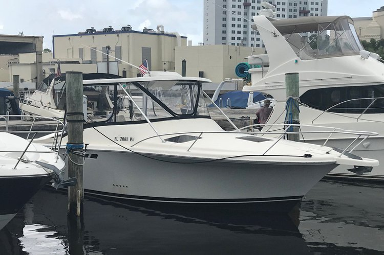 31 Luhrs In Miami River