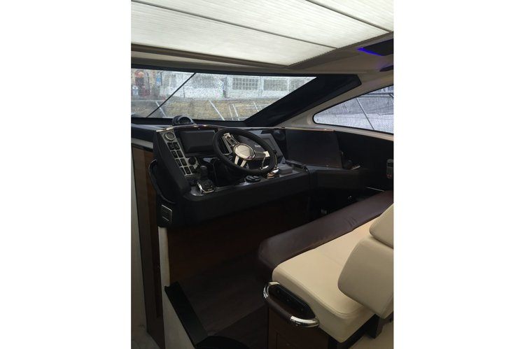 Up to 9 persons can enjoy a ride on this Motor yacht boat