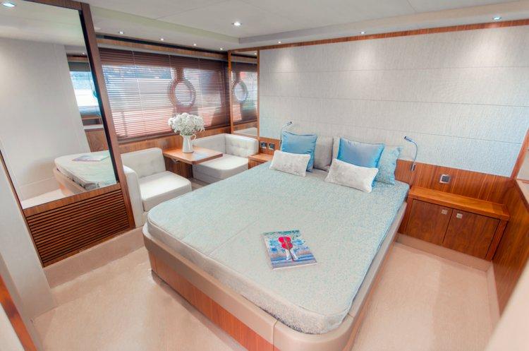 Discover St Julian's surroundings on this Predator 57 Sunseeker boat