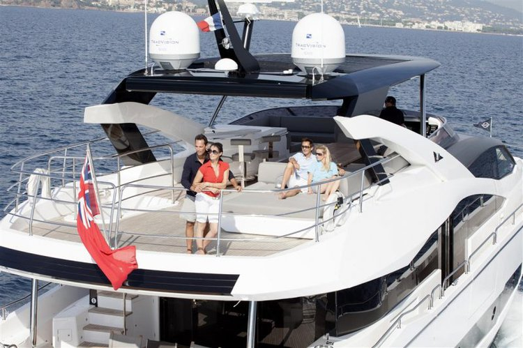 Boating is fun with a Sunseeker in St Julian's