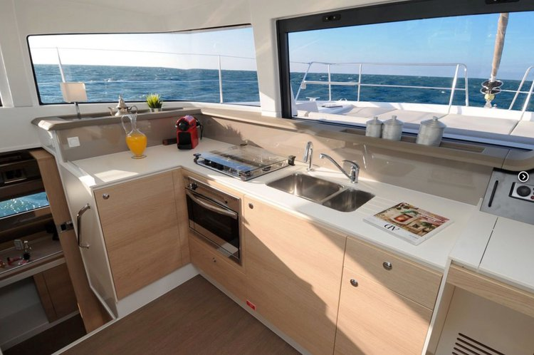 Catamaran boat for rent in Nassau