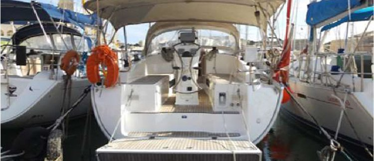 Sloop boat rental in Portomaso Marina,