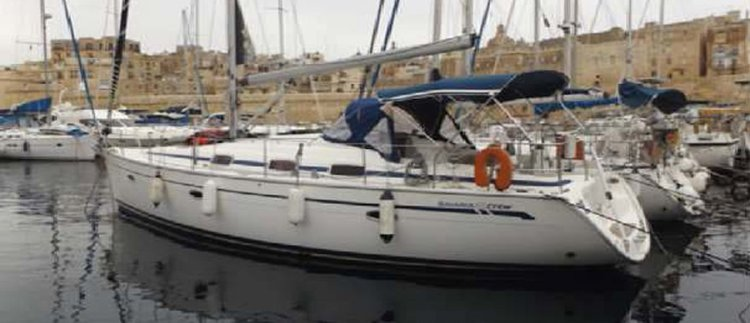 Sail Maltese waters on a beautiful Bavaria Yacht: Bavaria 42 Cruiser
