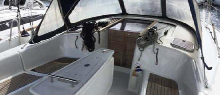 Boat for rent Beneteau 40.0 feet in Portomaso Marina, Malta