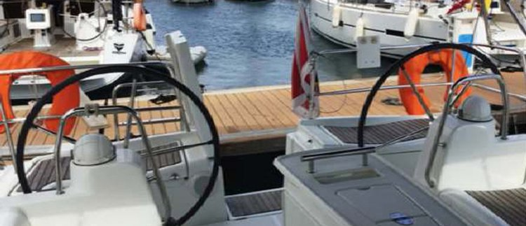 Discover St Julian's surroundings on this Oceanis 40 Beneteau boat