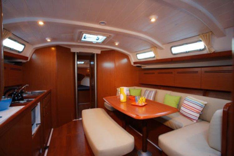 Beneteau boat for rent in St Julian's