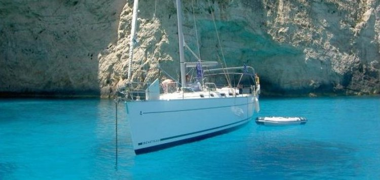 Discover St Julian's surroundings on this Cyclades 43.3 Beneteau boat