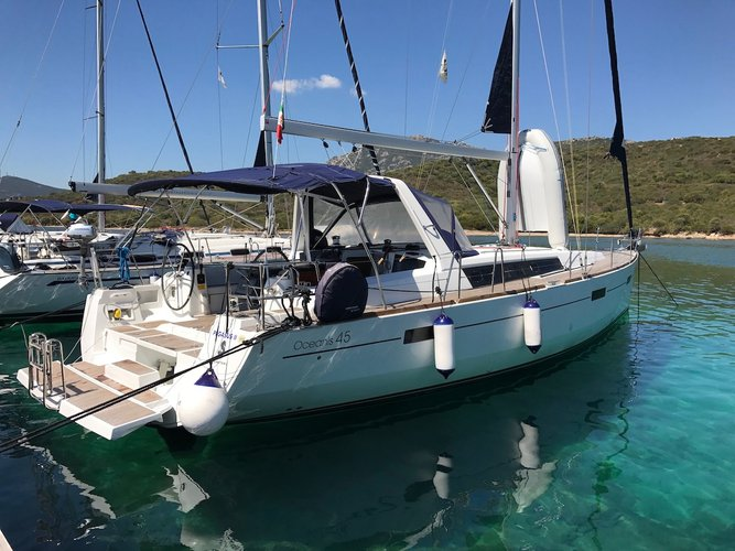 Beneteau's 45.0 feet in St. George'S