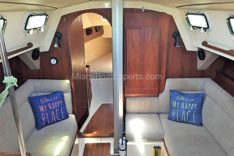 Daysailer / Weekender boat for rent in Key Biscayne