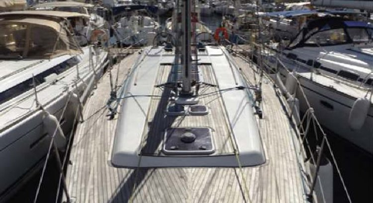 Sloop boat rental in Portomaso Marina,