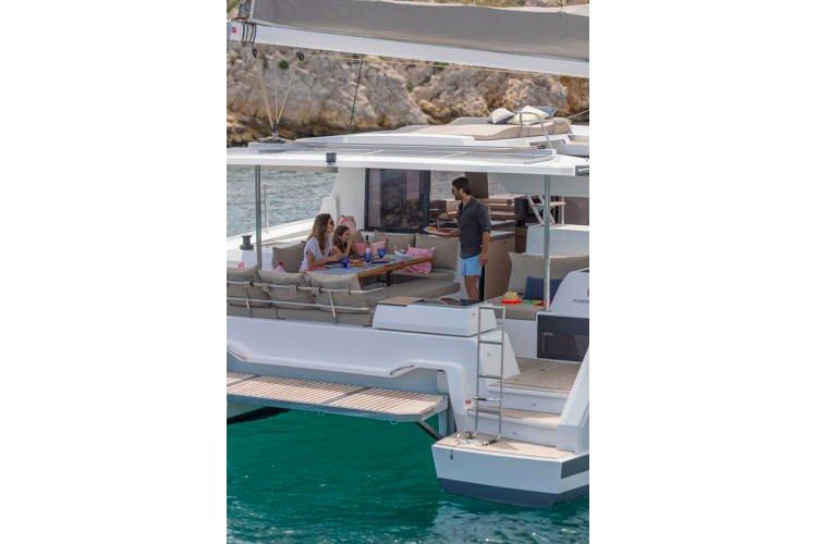 Boat rental in Nassau,