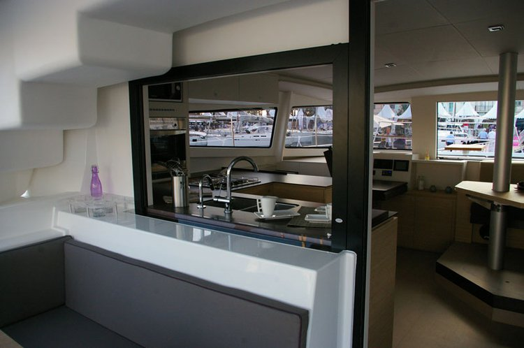 Discover Miami surroundings on this 4.5 Bali boat