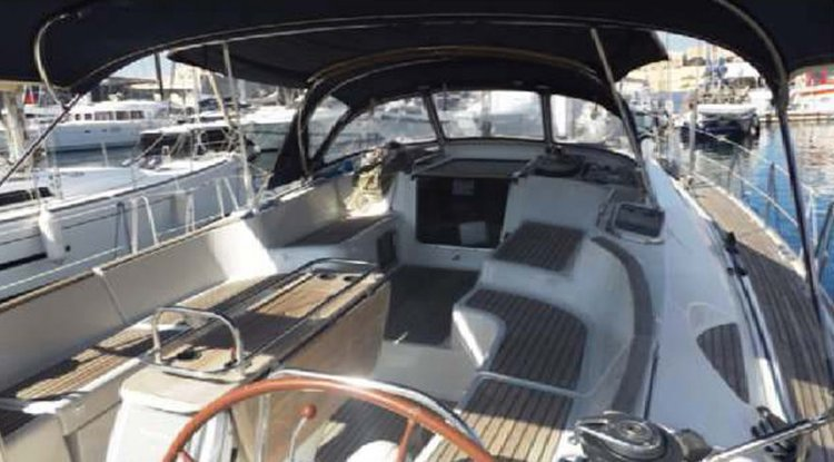 Discover St Julian's surroundings on this SO 54 DS Jeanneau SO 54 DS boat