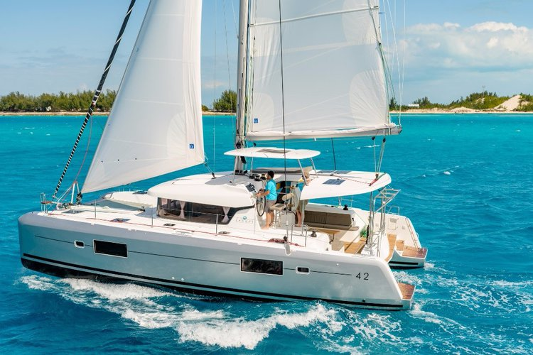 Charter beautiful Lagoon 42 to explore Nassau, Bahamas