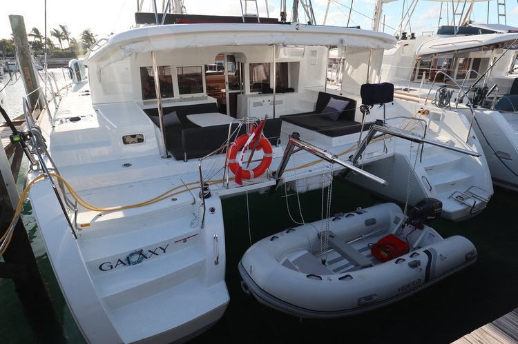 Have fun in Nassau, Bahamas aboard this elegant Lagoon 450