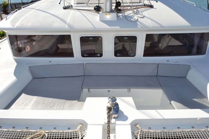 Catamaran boat rental in Nassau,