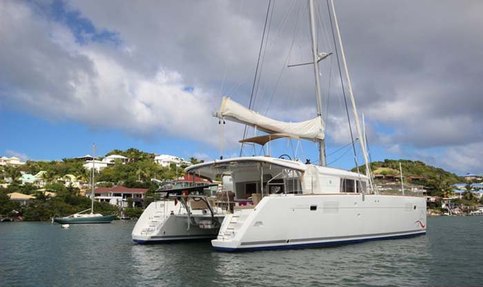 Set your dreams in motion in Bahamas aboard Lagoon 450
