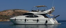 Best chance to explore around Malta aboard luxurious Azimut 52 Flybridge