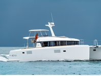 Luxurious Lagoon 40 Power Catamaran available for charter in Bahamas
