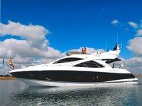 Charter 50' Sunseeker Manhattan for an amazing cruising experienece