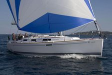 Dufour 325: Perfect sail boat for a perfect sailing charter