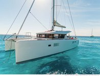 Have fun in Bahamas aboard this splendid Lagoon 39