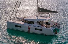 Charter the best option for your  sailing vacation in Bahamas