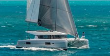 Enjoy the magical breeze in Grenada aboard Lagoon 42