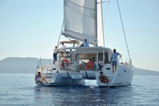 Set your dreams in motion in Grenada aboard Lagoon 400