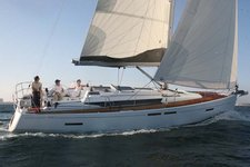 Let the wind whip through your hair aboard Sun Odyssey 409 in the Bahamas